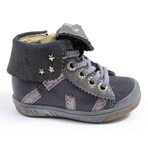 e8b77fd39f5b1 Chaussures fille hiver - Babybotte Boots à lacets fille ARTISTAR GRIS
