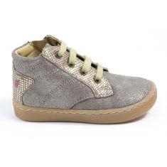 Chaussures enfant GBB - Bottines beige doré avec une fermeture et lacets RAYA