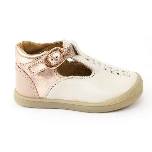 6a8f5528e7eac Chaussures bébé fille babies ivoire à boucle PIROUETTE Babybotte