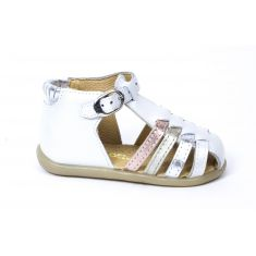 0e3759ab519fd Destockage de chaussures Babybotte enfant- prix soldés toute l année ...