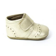 Bisgaard chausson en cuir bébé fille modèle Petit Gold à scratch